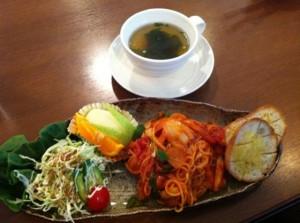 カフェピエロ 麺ランチ ナポリタン